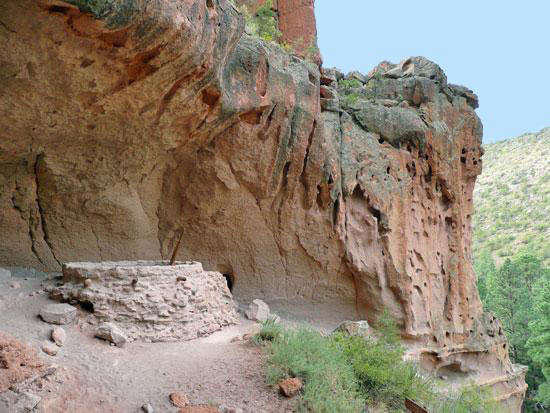 The Alcove House - a large cave 140' above the canyon floor - with a kiva in the foreground